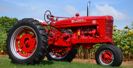 farmall-tractor-wallpaper-11